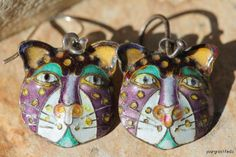 Amazing Chinese export cloisonne cat earrings.