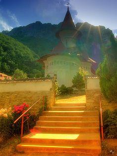 Romania- Monastery of Ramet Places Around The World, The Places Youll Go, Travel Around The World, Places To See, Around The Worlds, Wonderful Places, Beautiful Places, Amazing Places, Visit Romania