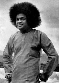 Sai Inspires from Prasanthi Nilayam - January 2017 Sathya Sai Baba, Sai Baba Photos, Om Sai Ram, Kundalini Yoga, Beauty Spa, Spirituality, Golden Age, Cosmic, Inspiration