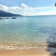Another of beautiful Tioman Island in #malaysia not many tourists in sight! #travelbloggers #travel    #Regram via @katielewla