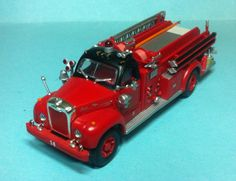 Athearn mack fire engine chicago fire department 1/87