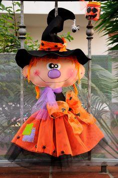 Risultato immagini per country doll tildas halloween patterns Dulceros Halloween, Moldes Halloween, Adornos Halloween, Halloween Clipart, Holidays Halloween, Halloween Treats, Halloween Decorations, Felt Crafts, Kids Crafts