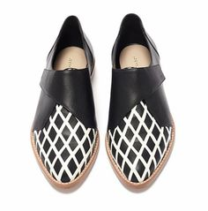 Loeffler Randall Grace Welted Oxford in Black (Black and white leather) | Lyst