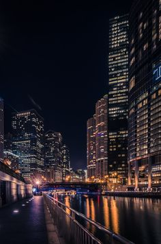Chicago Riverwalk by Andres Marin on Night Aesthetic, City Aesthetic, Chicago Photography, City Photography, Foto Glamour, Chicago Riverwalk, City Wallpaper, Chicago Wallpaper, City Vibe