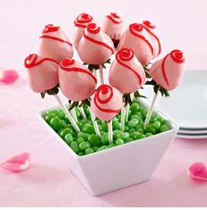 Chocolate-Dipped Strawberry Roses For Mother's day or Weddings