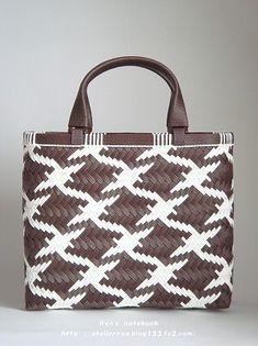 エコクラフト・紙バンド/鶴網代編み:連鶴模様のバッグ