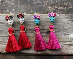 Items similar to Dress to Kill Sugar Skull Earrings with a Little Dress and Little Hands Made of Metal Chain, Day of the Dead, High Fashion earrings on Etsy Halloween Schmuck, Halloween Jewelry, Sugar Skull Jewelry, Sugar Skull Earrings, Beaded Earrings, Beaded Jewelry, Stud Earrings, Hippie Jewelry, Tassel Necklace