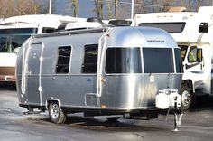The ultra-towable 2016 Airstream Sport 22FB Travel Trailer is a premium compact travel trailer that sets you free to hitch up and go, without leaving behind the comforts of home.