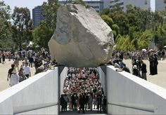 "Michael Heizer: ""Levitated Mass"""