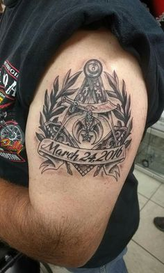 Very proud of the meaning of this tattoo. Freemason Tattoo, Masonic Tattoos, Hot Tattoos, Body Art Tattoos, Tatoos, Illuminati Tattoo, G Tattoo, Masonic Lodge, Masonic Symbols