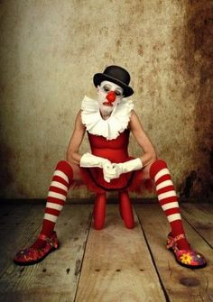 by monica Bekkers Photographie I like - Rosenmontag Dark Circus, Circus Art, Circus Clown, Circus Theme, Vintage Circus Costume, Vintage Clown, Vintage Carnival, Vintage Halloween, Le Clown