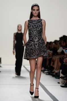 Elie Saab: Runway - Paris Fashion Week Womenswear Spring/Summer 2014