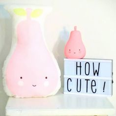 #Kussen #peer #roze #kinderkamer #babykamer - #ALittleLovelyCompany - #cushion #pear #pink #kidsroom #nursery - #littlethingz2