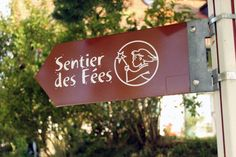 Sentier des fées Destination Voyage, Destinations, Outdoor Decor, Switzerland, Home Decor, Edible Plants, Pathways, Vacation, Ride Or Die