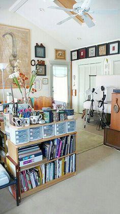 biblioth que colonne pour rangement des livres dans salon le livre petite etagere et rangement. Black Bedroom Furniture Sets. Home Design Ideas