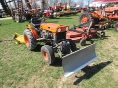 kubota b6100hst e tractor illustrated master parts list manual download