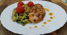 Pirított cukkini spagetti Paleo Recipes, Low Carb Recipes, Spagetti, Recipies, Lunch, Chicken, Breakfast, P90x, Main Courses