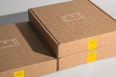 Branding & Packaging: ASKET Branding by House of Random Craft Packaging, Cool Packaging, Food Packaging Design, Paper Packaging, Beauty Packaging, Fashion Packaging, Fashion Branding, Graphic Design Branding, Graphic Design Posters