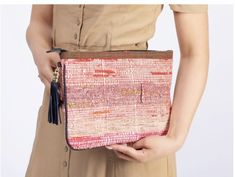 Clutch 'Straight To The Beach' Clutch, Elegant, Bunt, Handbags, Outfit, Fashion, Night Out Outfit, Hand Bags, Summer Recipes