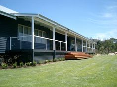 Injidup House Yallingup 5 bedroom 5th has 4 or 5 bunk/singles, playground & trampoline