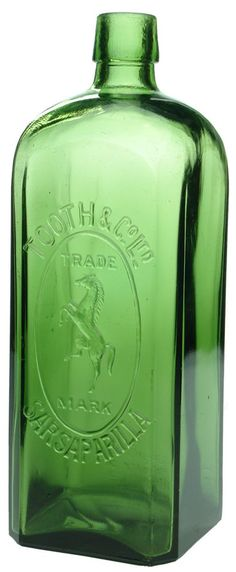 Auction 27 Preview   862   Tooth Rearing Horse Sarsaparilla Sydney Green Vintage Bottle