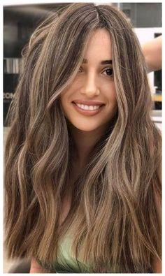 Brown Hair With Blonde Highlights, Brown Hair Balayage, Hair Color Balayage, Blonde Color, Blonde Light Brown Hair, Blonde Hair For Brunettes, Bronde Haircolor, Blonde Hair Dyes, Light Brown Hair Lowlights