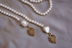 Exvoto Vintage Jewelry.  Freshwater pearls make a perfect forever gift. #valentines #pearls