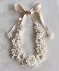 Image of Ri three-dimensional flower motif necklace generation | crochet accessories La Seule