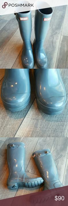 Womens Original Tall Gloss Boot 7 VGUC Womens Hunter Original Tall Gloss Boot. Color is a light bluish gray. Size 7.  A fee minor scuffs and one strap is cracking (see pic) but overall is very good used condition. Hunter Boots Shoes Winter & Rain Boots