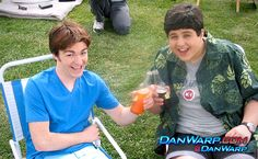 College Life As Told by 'Drake and Josh'