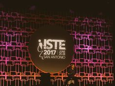 @isteconnects : Find your way around #ISTE17! Meet in the Member Lounge at 11 am  4:30 pm today for a FREE tour!
