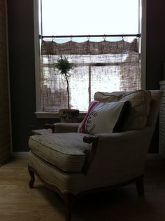 burlap cafe curtain - no sew project
