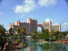 Atlantis, Bahamas.  Gorgeous beaches.  Huge resort.  Fun water park.  Saw more Dale Chilhuly glass sculptures.  Wonderful, wonderful, wonderful!
