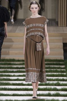 Chanel Spring 2016 Couture Fashion Show - Roos Abels (Ford)