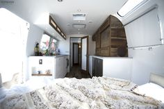 Airstream Living Remodel and Renovation: 44 Inspiration Photos – Vanchitecture Airstream Camping, Airstream Living, Airstream Remodel, Airstream Interior, Vintage Airstream, Airstream Trailers, Camper Renovation, Glamping, Travel Trailers