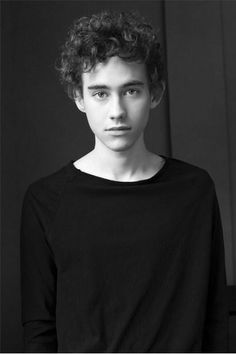 olly alexander - (ok I wanna cry now look at him omg what areeee yoooouuuuu an angel?????? T_T)
