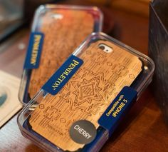 Check out this urban-western iPhone case from @pendletonwm! Would you carry your phone in this?