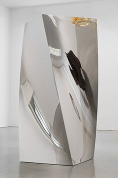 Anish Kapoor, untitled, 2014 Twisted stainless steel blocks