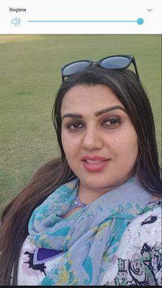 Desi Girl Image, Girls Image, Desi Bhabi, Beautiful Women Over 40, Priyanka Chopra, India Beauty, Beauty Queens, Bollywood, Plus Size