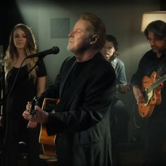Don Henley gets back to basics for new video