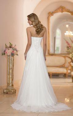 6004 Wedding Dresses Sweetheart Neckline by Stella York