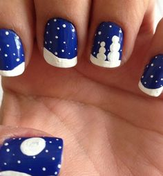 Snowy Night Blue and White Nails