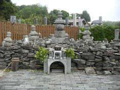 日本には、楊貴妃のお墓もあります。