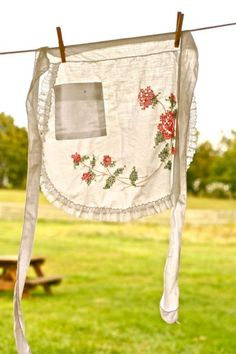 Love these old-fashioned aprons