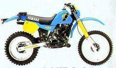 Yamaha IT 490