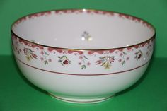 """Wedgwood Bianca Williamsburg 8"""" Serving Bowl Made in England R4499 #babescollectibles"""