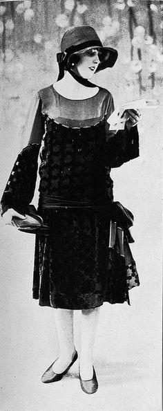 Les Modes (Paris) 1926 Robe d'apres-midi. Creation de Welly Soeurs