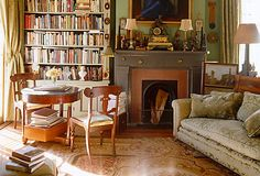 An at-home library is the ultimate luxury for the bibliophile— or anyone who wants to relax with a good read. Luckily,  achieving that cozy, refined feel is easy even without a  dedicated library space. From antique oil paintings to  classic Persian rugs, here are all the pieces you need.