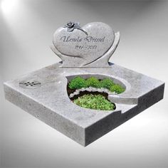 Cemetery Headstones, Cemetery Art, Stone Sculpture, Valentines, Monuments, Alter Flowers, Headstone Ideas, Fishing Wedding, Cemetery Decorations