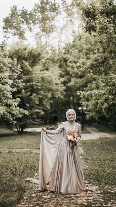 Muslim Wedding Dresses, Bridal Dresses, Wedding List, Wedding Cards, Muslimah Wedding, Kebaya Dress, Wedding Rituals, Alternative Wedding, Modest Dresses